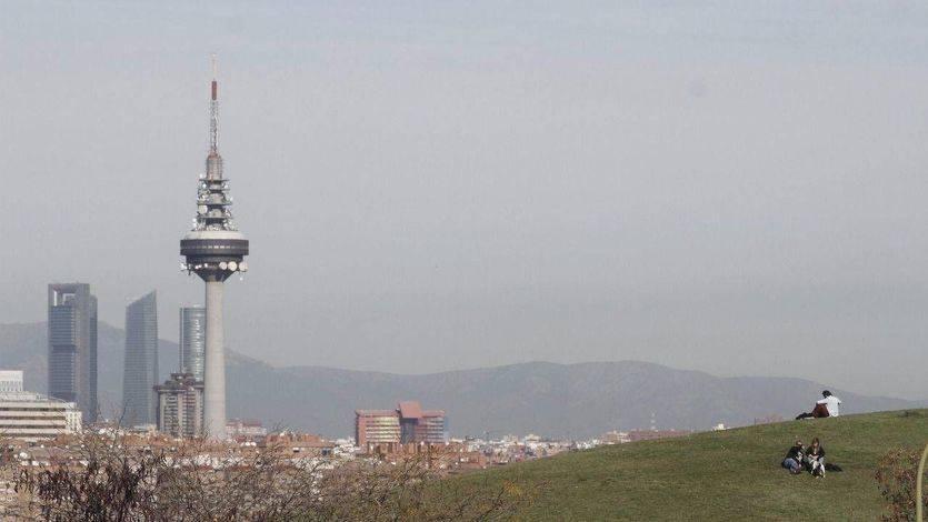 Madrid impedirá por primera vez circular por el centro de la ciudad: prohibidas los coches con matrícula par