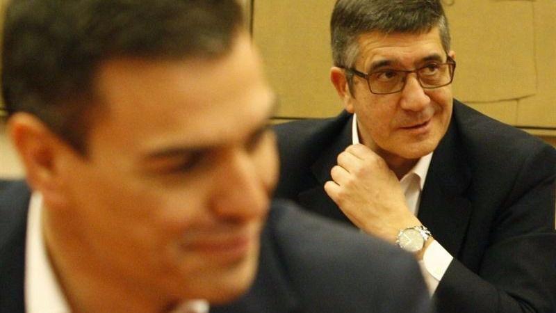Los medios siguen fabricando su propio nuevo líder del PSOE, Patxi López