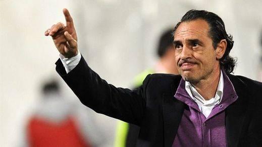 Prandelli deja tirado al Valencia al presentar su dimisión