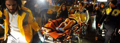 Turquía busca al asesino que disparó y mató a sangre fría al menos a 39 personas en el ataque a una discoteca en Estambul