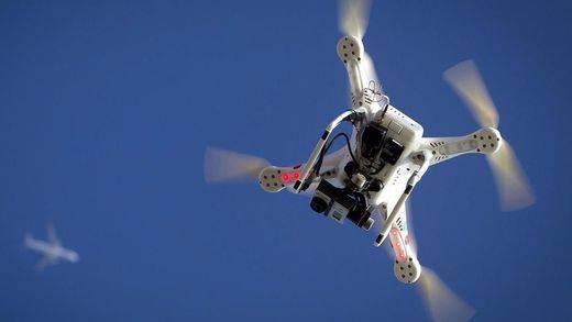 Regalar un drone... ¿es una buena idea? ¿Sabe que puede necesitar un permiso de vuelo?