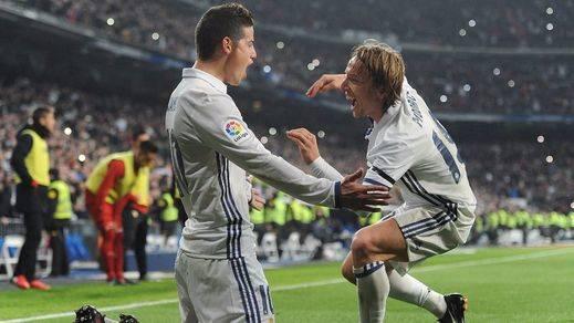 Copa: James se reivindica haciendo de Cristiano en la paliza del Madrid al Sevilla (3-0)