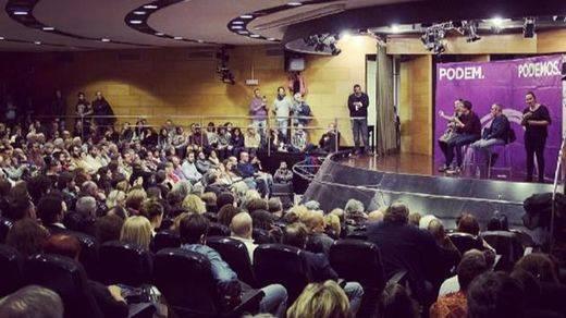 El chantaje interno de Podemos que está causando un terremoto: 'Si eres buena niña te buscamos un trabajo'