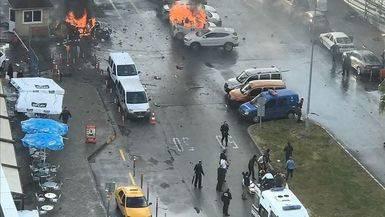Turquía sufre otro atentado: cuatro muertos, dos de ellos los terroristas, por un coche bomba en Esmirna