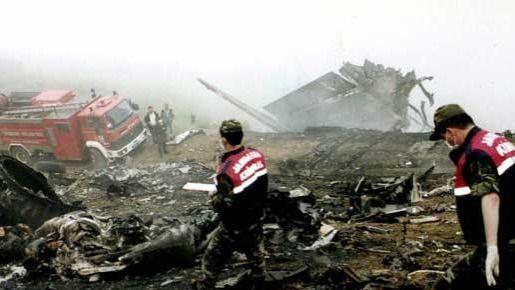 Dura respuesta de las familias de las víctimas del Yak 42 al relevo de Trillo