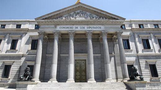 Inaudito: el Gobierno lleva hasta el Tribunal Constitucional su conflicto con el Congreso al no tener mayoría