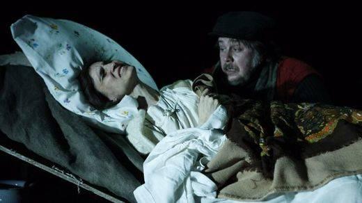 'La rosa de papel': el esperpento de Valle-Inclán pasado por el tamiz de Irina Kouberskaya