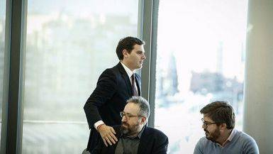 Albert Rivera junto a Juan Carlos Girauta y Fran Hervías en una reunión de la ejecutiva de Ciudadanos