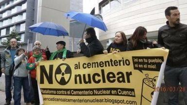 Protesta ante la sede de Enresa, Madrid