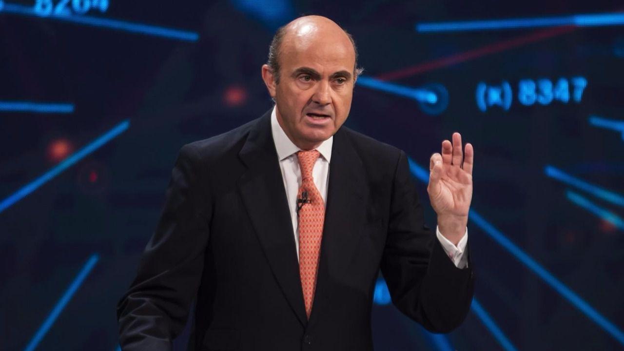 De Guindos asegura que España podría crecer este año por encima del 2,5%