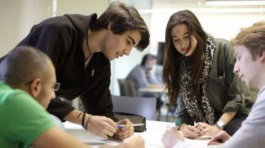 El Gobierno renueva la Estrategia de Emprendimiento y Empleo Joven para 2017-2020