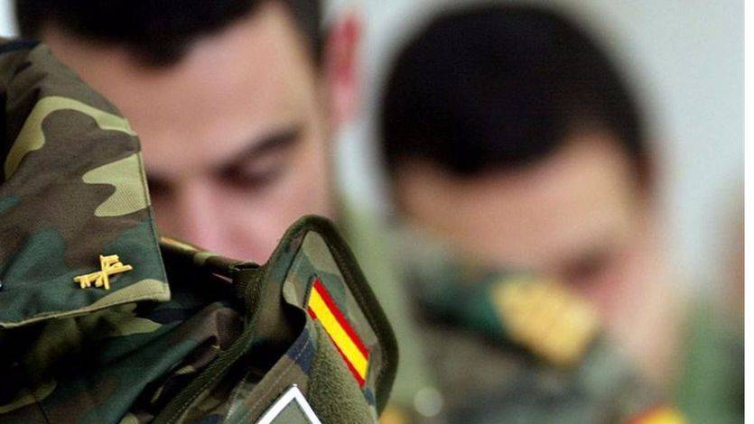El Supremo condena a 7 meses de prisión a un oficial que grabó desnuda a una soldado