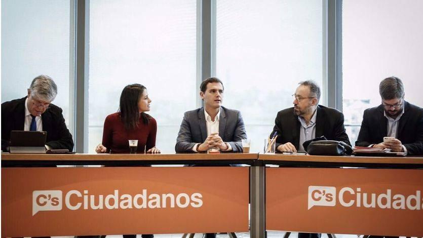 Los críticos de Ciudadanos denuncian irregularidades en las primarias y piden suspenderlas