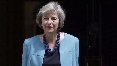 El Tribunal Supremo británico irrumpe en el Brexit y para los pies a May