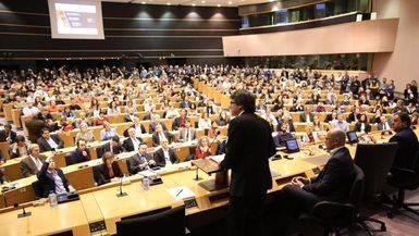 El ridículo de Puigdemont en Bruselas: nadie en el Parlamento Europeo hizo caso a su plan independentista