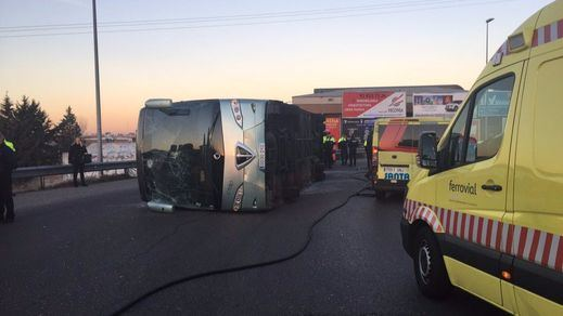 El conductor del autobús escolar accidentado en Fuenlabrada, detenido por positivo de cocaína