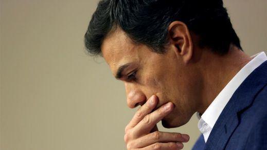 ¿Qué apoyos tiene Sánchez para ganar las primarias del PSOE?: las encuestas le meten miedo