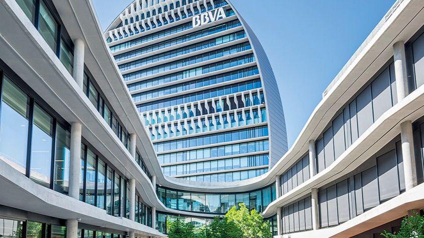 El BBVA ganó 3.475 millones en 2016, un 31,5% más