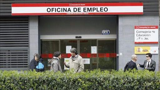 Enero, mes fatal para el empleo: 57.257 personas más en las listas del paro