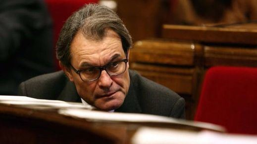 Muchas suspicacias tras el arresto de 18 personas de la antigua CiU a unos días del juicio contra Artur Mas
