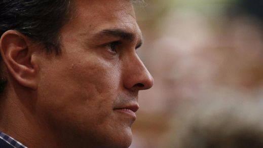 Sánchez no seguirá viviendo de la política si pierde las primarias: