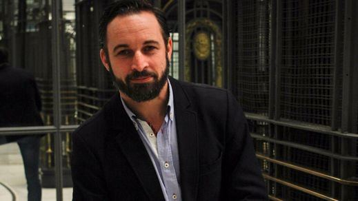 Hoy, una entrevista impactante: conocerás al verdadero Santiago Abascal (Vox)