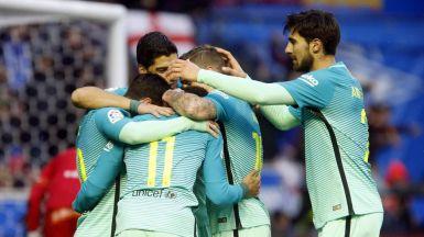 El Madrid no falla en Pamplona (1-3) y el Barça pega un repaso a su rival en la finalísima copera (0-6)
