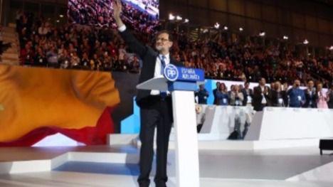 Rajoy cierra el Congreso del PP con inesperados piropos a Aznar y los previstos ataques al soberanismo catalán