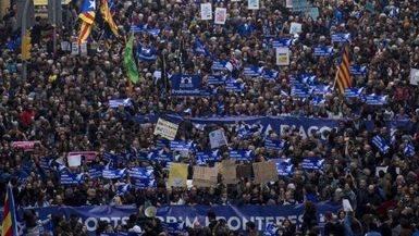 Abrumador éxito de la marcha en Barcelona en favor de la recepción de refugiados