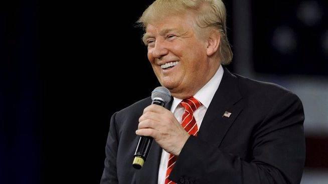 Trump refuerza la deportación de 'sin papeles' contratando 15.000 agentes