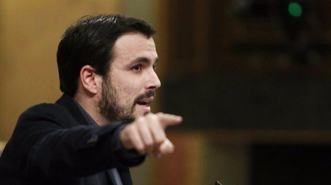 Garzón inicia una etapa de 'línea dura' para ganar notoriedad a costa de la Casa Real y enoja a altas esferas