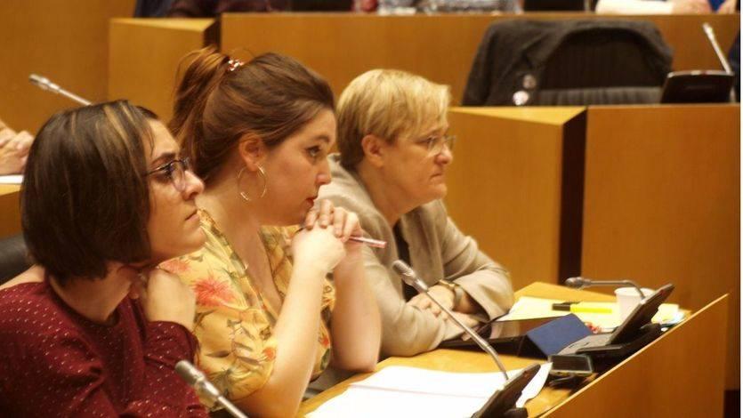De izquierda a derecha: Marta Sorlí (Compromís), Ángela Rodríguez (En Marea-Podemos) y Ángeles Álvarez (PSOE)
