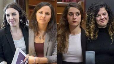 De izquierda a derecha: Irene Montero, Ione Belarra, Noelia Vera y Sofía Castañón