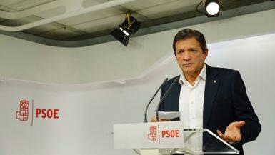 El PSOE de la gestora 'olvida' ya la promesa de derogar la reforma laboral