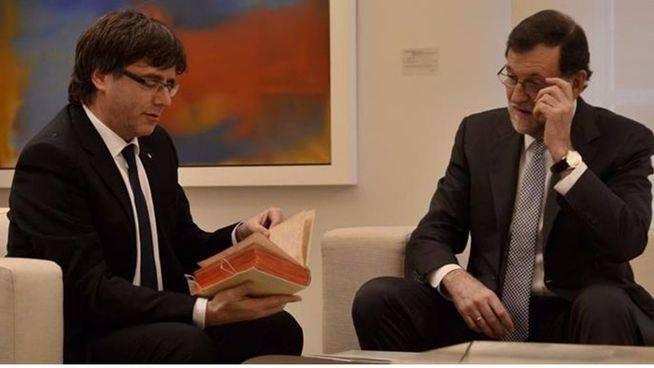 Rajoy quiere pedir a Puigdemont una segunda cita