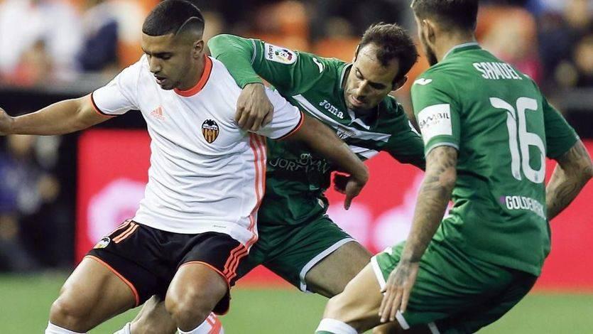 Jornada de Liga: vencen Valencia y Betis y empatan Real Sociedad y Eibar