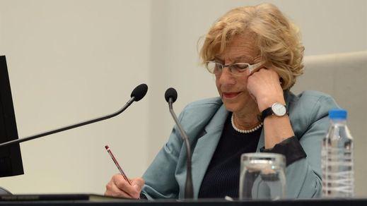 El día que Carmena votó en contra de sus concejales y se alineó con el PP