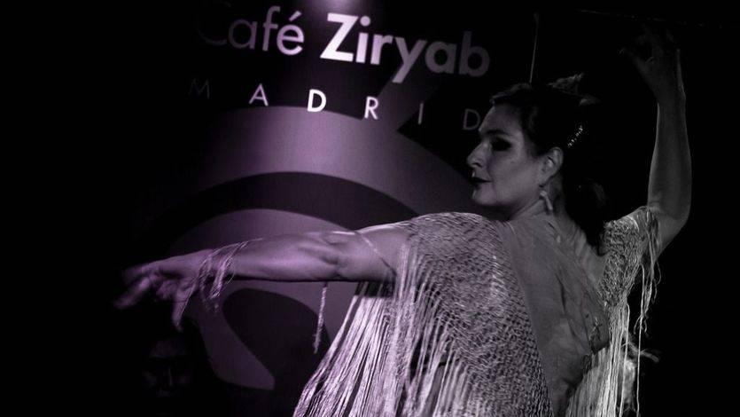 La flamenca locura de Anja Vollhardt y su tablao para disfrutar del cante jondo y sus bailes (vídeo)
