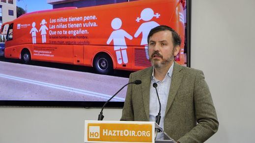 Hazte Oír denunciará al Ayuntamiento de Madrid por retener el autobús
