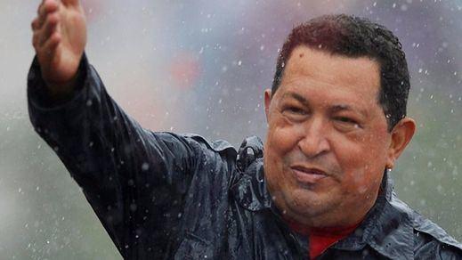IU rinde tributo a Hugo Chávez a los 4 años de su muerte y provoca un aluvión de críticas