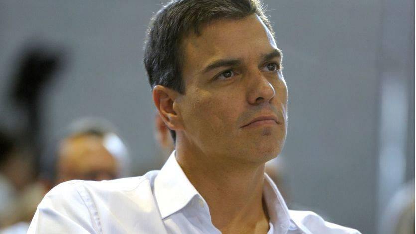 > Sánchez cuelga el cartel de 'aforo completo' en Cádiz exigiendo 'lealtad' para el ganador