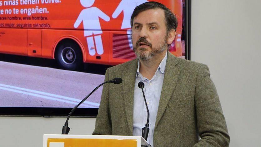 'Hazte Oír', contra todos: denuncia a Sánchez, Iglesias, Garzón, Cifuentes, Maroto…