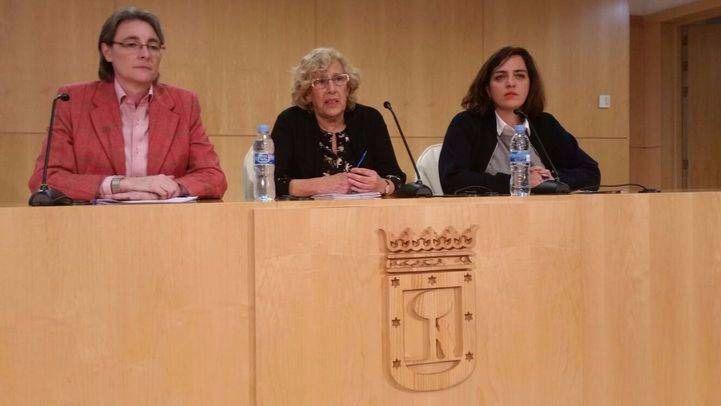 Marta Higueras, Manuela Carmena y Celia Mayer en rueda de prensa.
