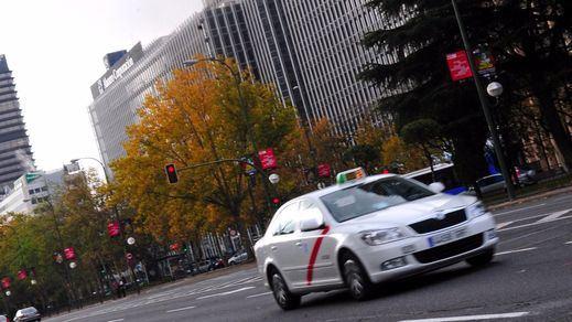 Huelga de taxis hoy en Madrid y en Barcelona: horarios y manifestaciones