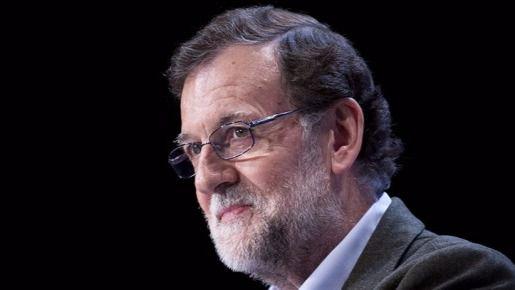 Rajoy responde al desarme de ETA aplicando la ley 'por la dignidad de las víctimas del terrorismo'