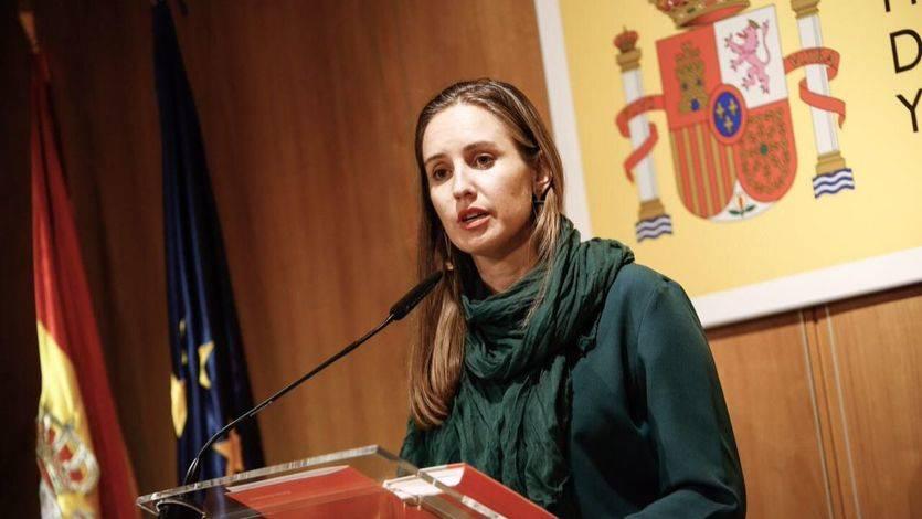 La diputada Melisa Rodríguez comparece en el Ministerio de Energía tras su reunión con Álvaro Nadal