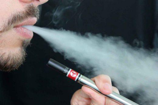Vídeo: El cigarrillo electrónico, un 95% menos dañino que el tabaco tradicional.
