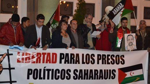 Críticas a PP, PSOE y Gobierno por olvidarse de los presos políticos saharauis y volcarse sólo con los venezolanos