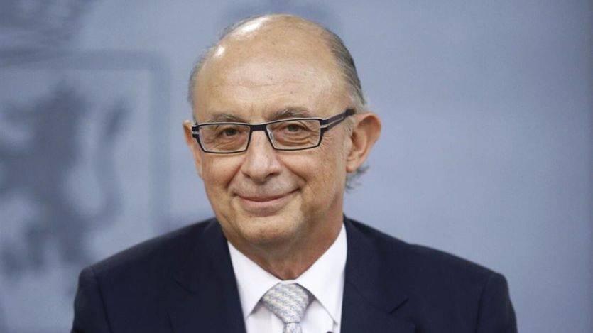 Montoro se convierte en 'amigo' de todos los españoles: defiende a ultranza no subir el IVA