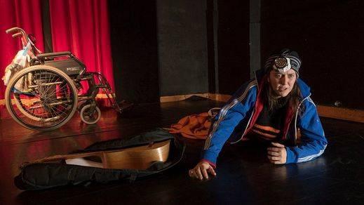 'Fragmentos de teatro I', la crueldad y el absurdo en el día a día de dos supervivientes
